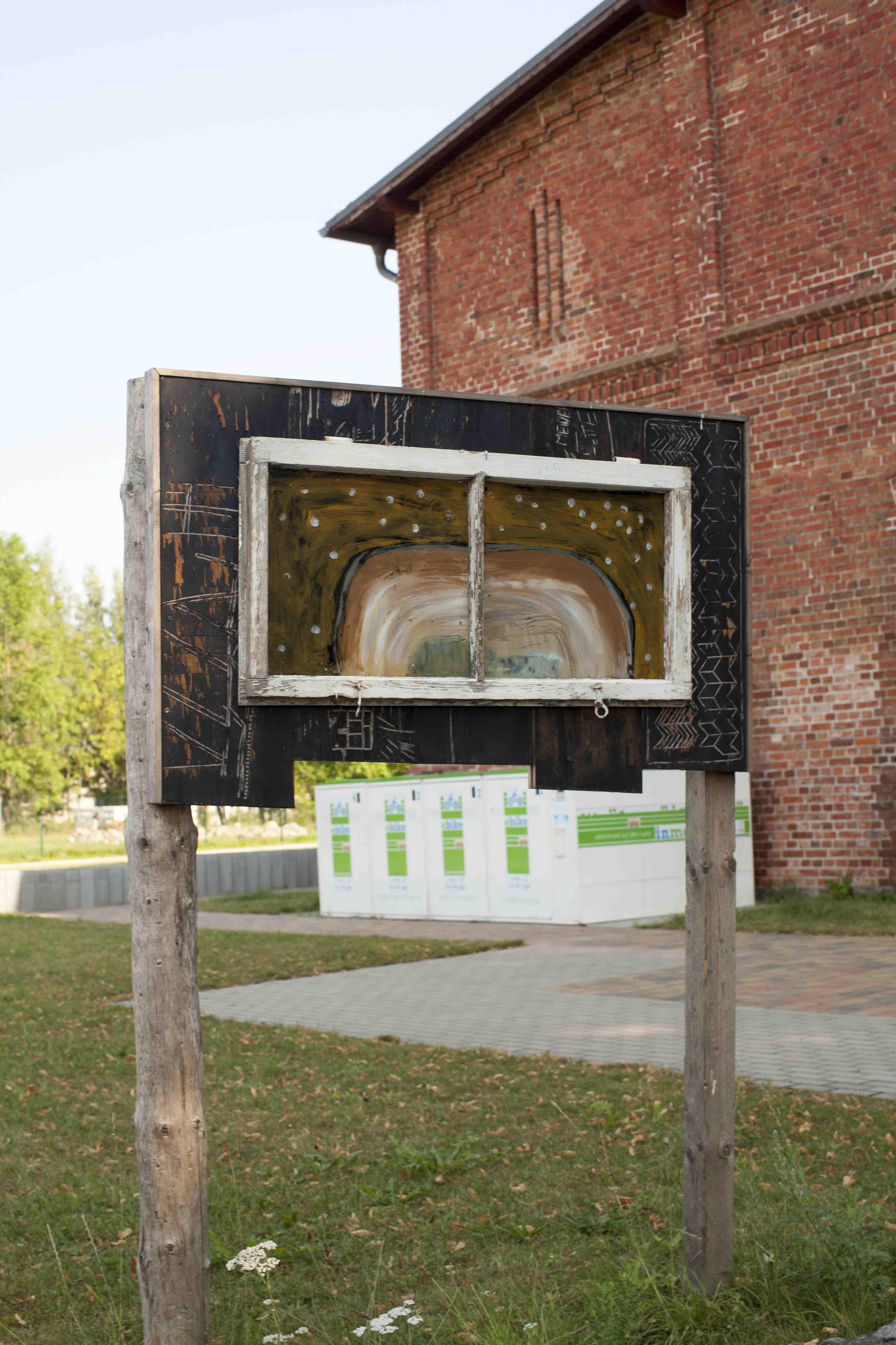 hügel nachts_2015_40x90cm_acryl hinter glas_installationsansicht
