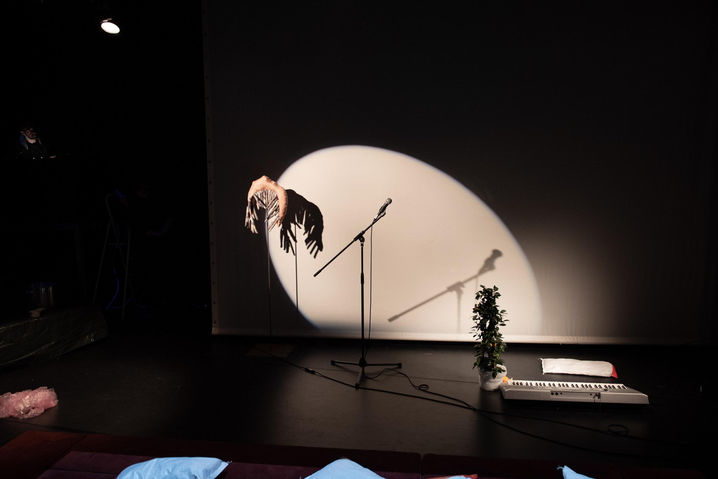 Installationsansicht Just A Circlusion, LOFFT Leipzig/ Foto: Thomas Puschmann